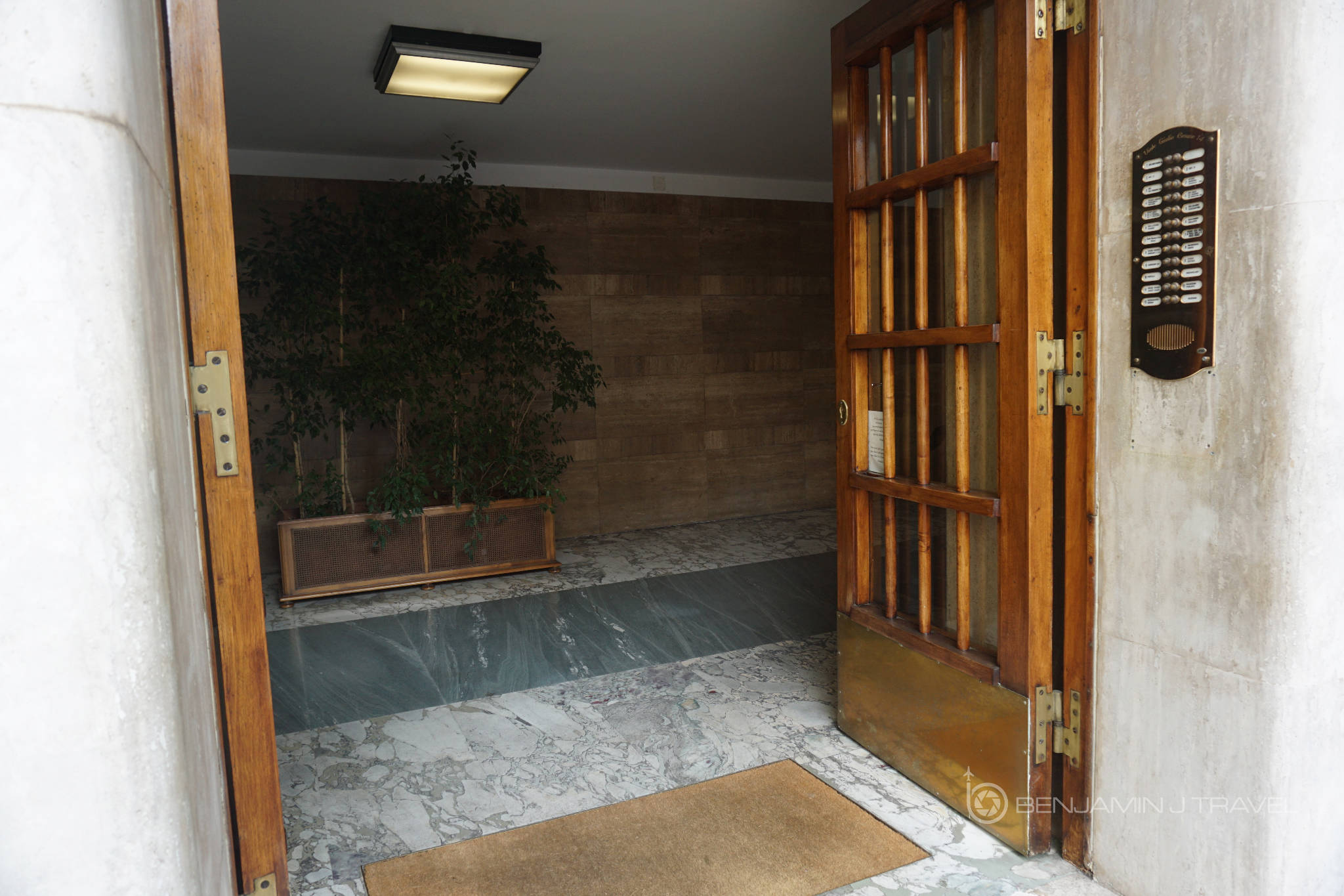 Casa sotgiu guest house rome italy hotel review21 for Casa fabbrini guest mansion roma