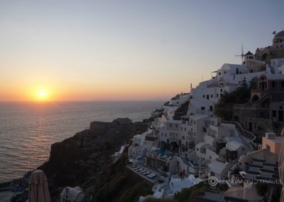 Santorini travel tips inspiration ideas hacks