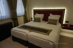 Hotel Review: Hotel Agora Bruxelles Grand Place