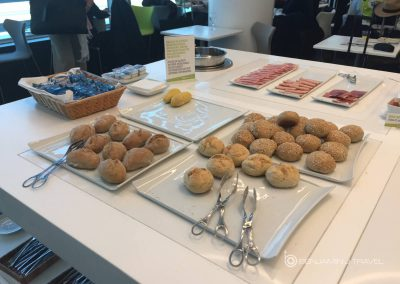 Lounge Review: TAP Portugal Premium Lounge | Lisbon Terminal 1 Star Alliance Blog Review